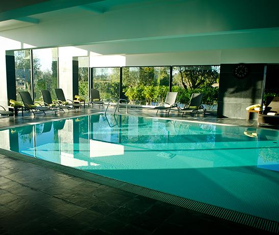 Convento do Espinheiro Hotel & Spa, 5*