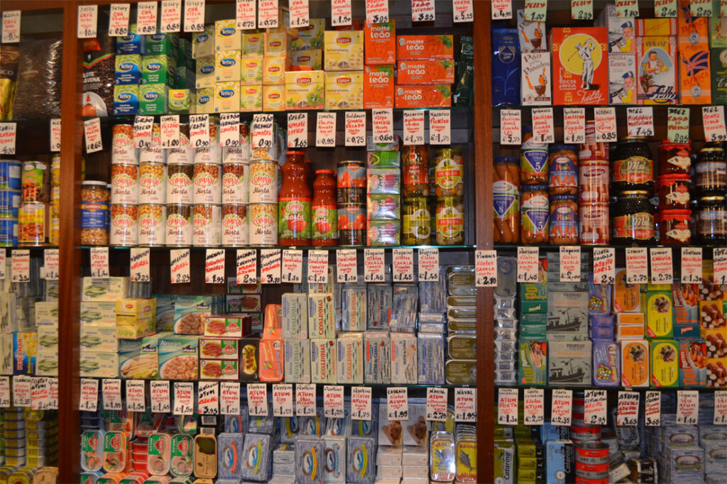 Grocery in Porto, food tours in Portugal by CÚRATE Trips
