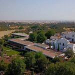 Aerial view of Convento do Espinheiro luxury hotel in Évora, Paladar y Tomar