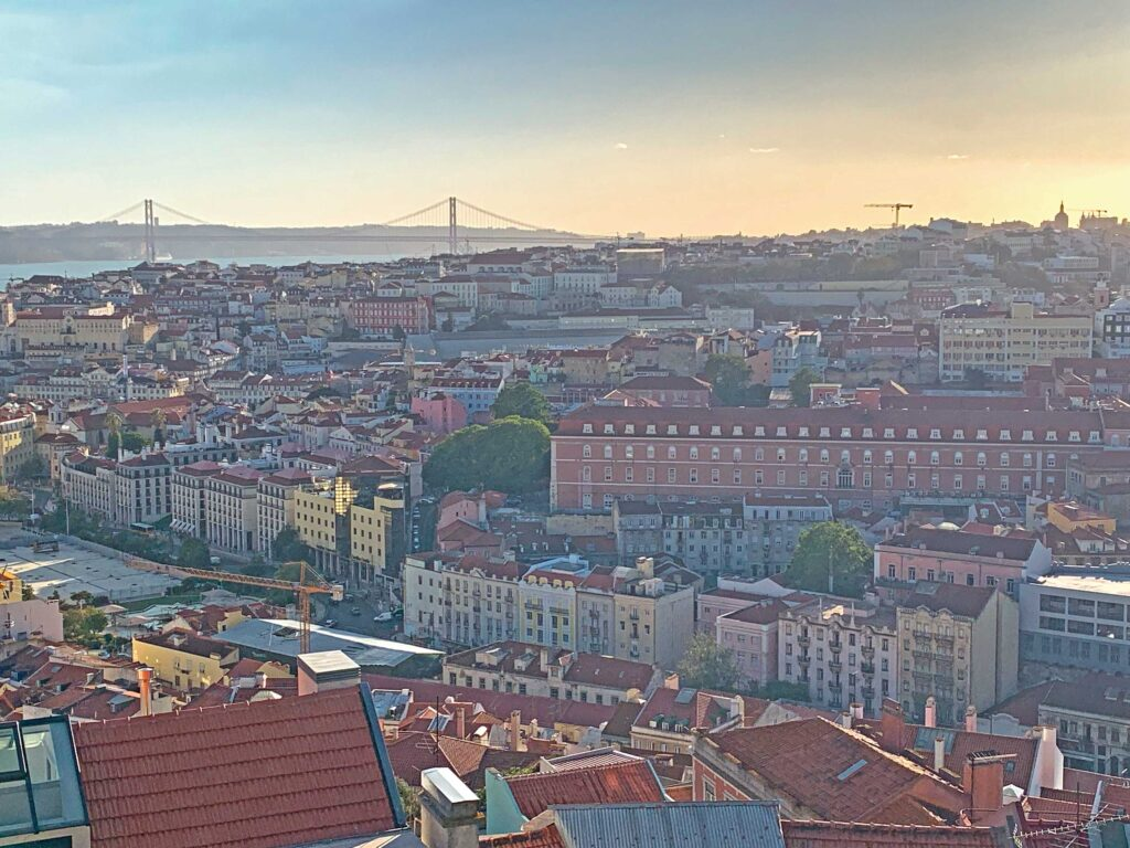 Enjoy a 9-night trip to discover Lisbon and Setúbal food and wines in total privacy with Paladar y Tomar
