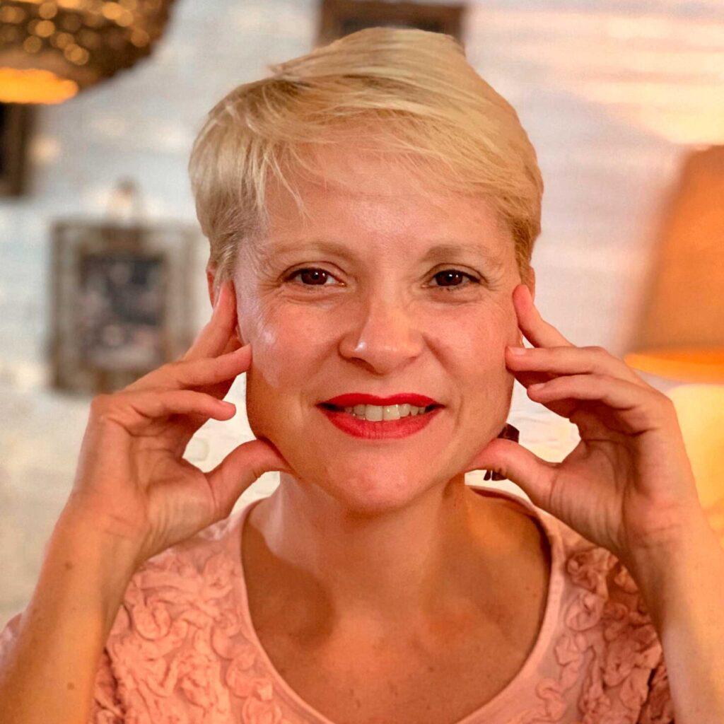 Valeska Idarraga, co-founder and CMO at Paladar y Tomar